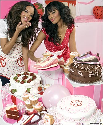 angela-and-vanessa-simmons-cakes